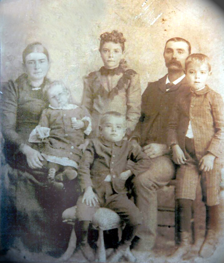 Freeze_Family_1894.jpg (191882 bytes)